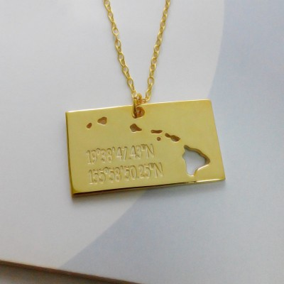 Hawaiian Islands Necklace,HI State Necklace,Gold State with Coordinates Necklace,Engrave Your Home Location