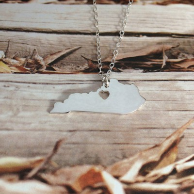 KY State Necklace,State Shaped Necklace,Kentucky State Charm Necklace,Personalized Kentucky State Necklace With A Heart-%100 Handmade
